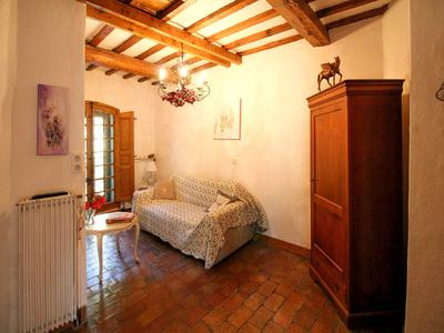 Méounes les Montrieux - Stunning stone mill house with swimming pool and land close to the village, very charming and with many original features.