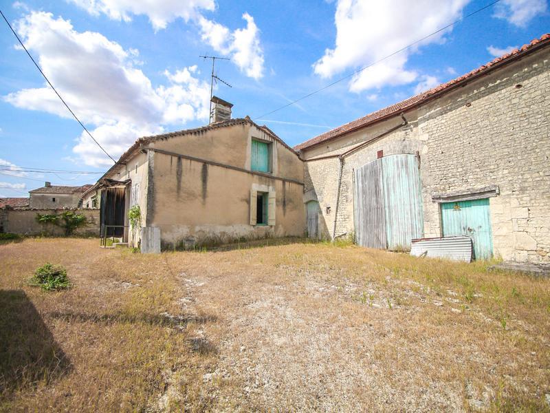 Maison à vendre à BRIE(16590) - Charente