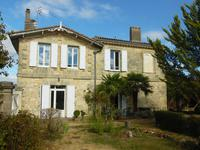 French property for sale in BOURG, Gironde - €358,700 - photo 3