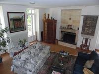 French property for sale in BOURG, Gironde - €358,700 - photo 2