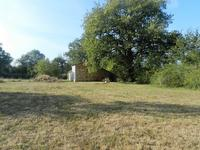 French property for sale in ORADOUR FANAIS, Charente - €32,000 - photo 3