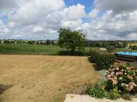 French property for sale in ST HILAIRE DE VOUST, Vendee - €162,000 - photo 10