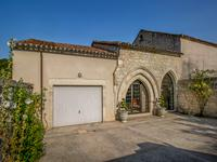 French property for sale in MONTCUQ, Lot - €598,900 - photo 2