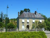 French property for sale in RUFFEC, Charente - €194,400 - photo 3