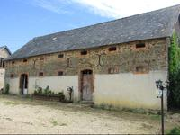 French property for sale in LA SELLE CRAONNAISE, Mayenne - €245,000 - photo 3