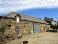French property for sale in LA SELLE CRAONNAISE, Mayenne - €245,000 - photo 4