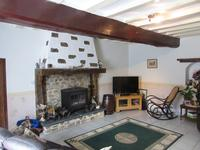 French property for sale in LA SELLE CRAONNAISE, Mayenne - €245,000 - photo 10