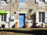 French property for sale in CASTELSAGRAT, Tarn et Garonne - €194,400 - photo 9