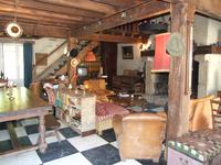 French property for sale in ORADOUR SUR VAYRES, Haute Vienne - €65,000 - photo 2