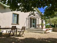 French property, houses and homes for sale in PUISSEGUIN Gironde Aquitaine