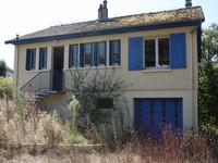 French property for sale in BRIGUEIL LE CHANTRE, Vienne - €54,000 - photo 1