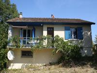 French property for sale in BRIGUEIL LE CHANTRE, Vienne - €54,000 - photo 2
