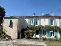houses and homes for sale inMORTAGNE SUR GIRONDECharente_Maritime Poitou_Charentes
