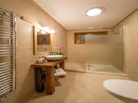 French property for sale in MORZINE, Haute Savoie - €873,000 - photo 9