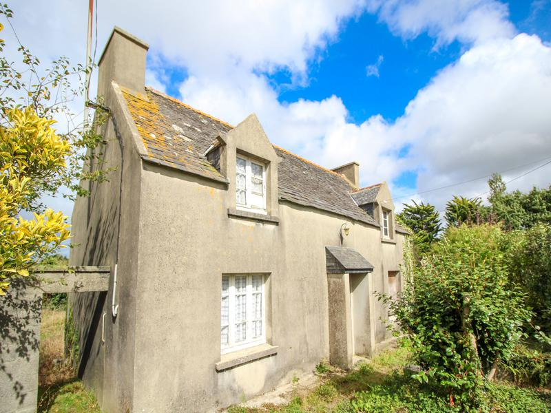 b26a9177e458e3 House for sale in TREFLAOUENAN - Finistere - Cottage for renovation ...