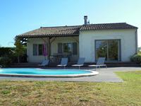 French property for sale in CHALAIS, Charente - €286,200 - photo 2