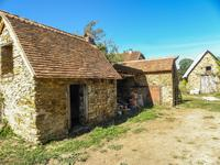 French property for sale in JUMILHAC LE GRAND, Dordogne - €190,000 - photo 3