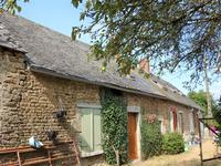 French property for sale in COURCITE, Mayenne - €61,000 - photo 2