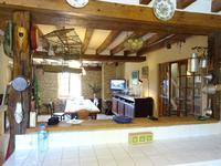 Maison à vendre à ENTRAINS SUR NOHAIN en Nievre - photo 4
