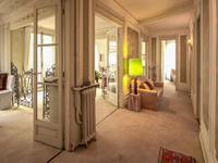 Montmartre - Bel appartement haussmannien 7 pièces, très lumineux, en étage élevé