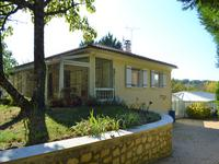 French property for sale in VOUZAN, Charente - €170,000 - photo 2