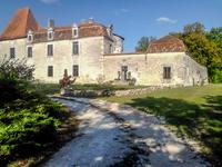 chateau for sale in VERTEILLACDordogne Aquitaine