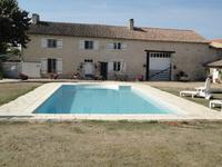 French property for sale in ROM, Deux Sevres - €194,400 - photo 6