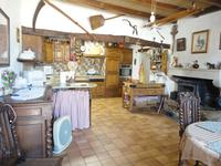 French property for sale in ROM, Deux Sevres - €194,400 - photo 4