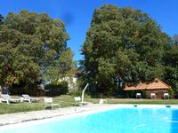 French property for sale in MONTESQUIEU, Lot et Garonne - €780,000 - photo 2