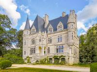 chateau for sale in VANNESMorbihan Brittany