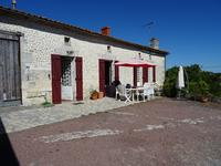 French property for sale in BARBEZIEUX ST HILAIRE, Charente - €129,710 - photo 3