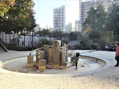PARIS 18e au pied de Montmartre, appartement contemporain de 3P (T3) offrant 80,30 m² & 14 m² terrasse, orienté Ouest, avec confort acoustique et thermique, dans un immeuble moderne, secteur Ordener-Poteau