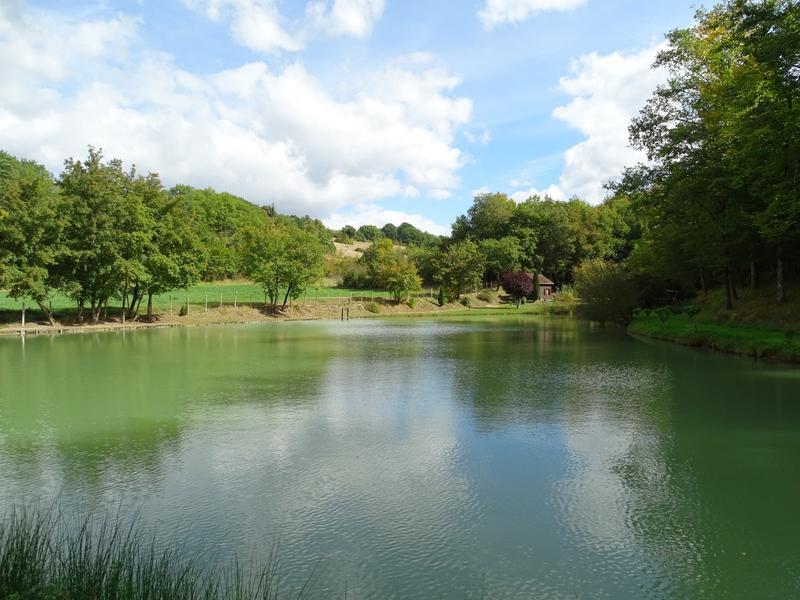 Lacs à vendre à PLAZAC(24580) - Dordogne