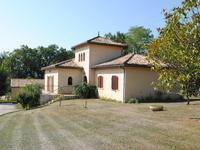 French property for sale in BRANNE, Gironde - €475,000 - photo 2