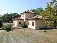 Maison à vendre à BRANNE en Gironde - photo 1