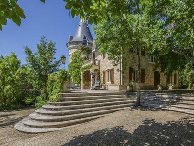 chateauin CAMBAYRAC
