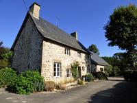 French property, houses and homes for sale inLA HAIE TRAVERSAINEMayenne Pays_de_la_Loire