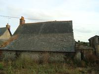 French property for sale in LA SELLE CRAONNAISE, Mayenne - €25,500 - photo 2