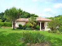 Maison à vendre à CHAMPNIERS en Charente - photo 4
