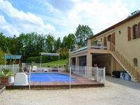 Maison à vendre à CHAMPNIERS en Charente - photo 1