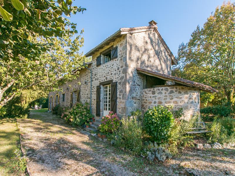 Maison à vendre à ST ESTEPHE(24360) - Dordogne