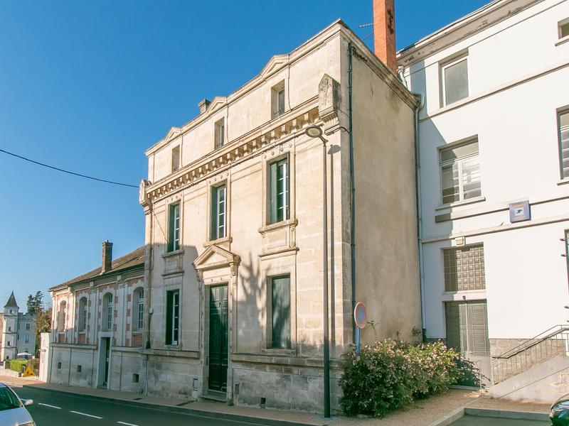 Commerce à vendre à NONTRON(24300) - Dordogne