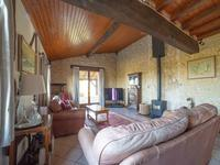 French property for sale in LANDERROUAT, Gironde - €381,600 - photo 7