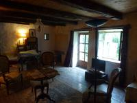 French property for sale in EXIREUIL, Deux Sevres - €162,000 - photo 3