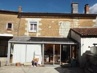 French property for sale in ST CLAIR, Vienne - €90,000 - photo 2