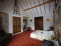 French property for sale in VEZINS DE LEVEZOU, Aveyron - €246,000 - photo 3
