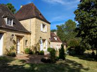 French property for sale in LALINDE, Dordogne - €565,000 - photo 2