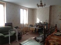 French property for sale in STE COLOMBE, Gironde - €318,000 - photo 5