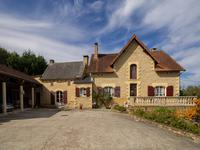 French property for sale in ST CREPIN ET CARLUCET, Dordogne - €572,400 - photo 2