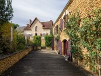 French property for sale in ST CREPIN ET CARLUCET, Dordogne - €572,400 - photo 8